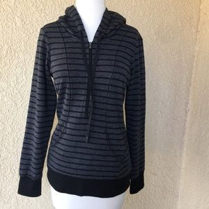 Lucy pullover jacket with hoodie M Gray/black
